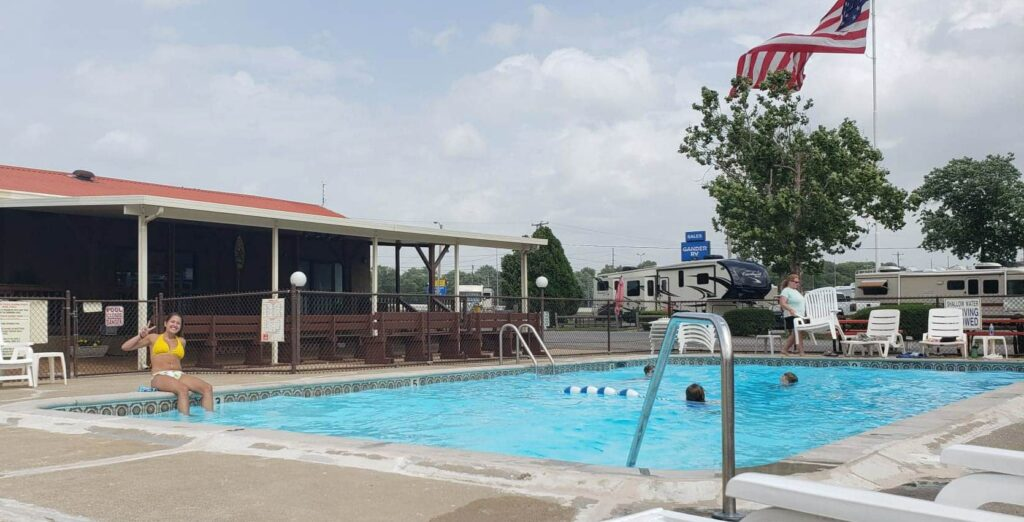 Two Rivers Campground near Nashville Tennessee- pool