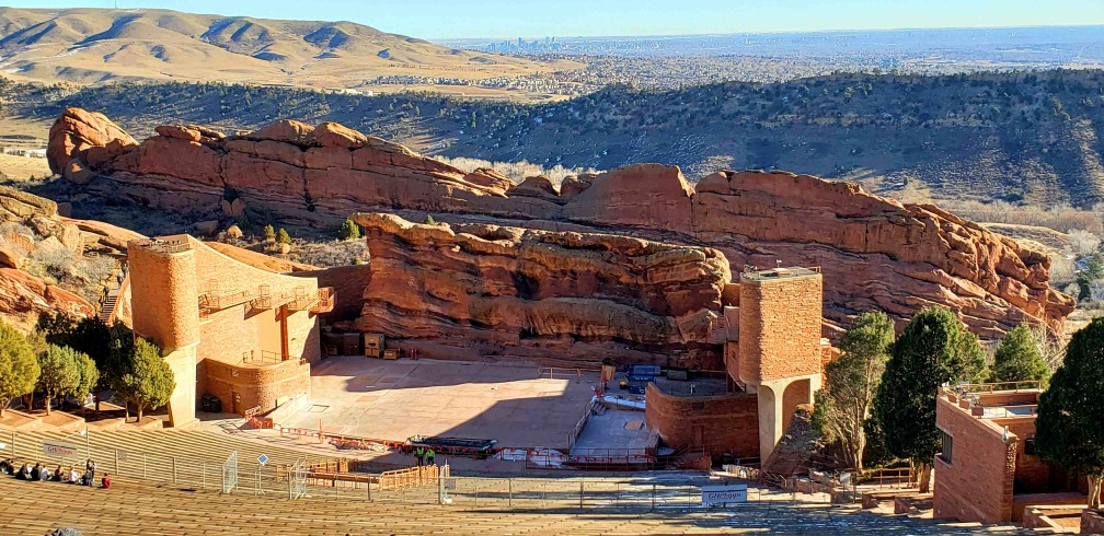 red rocks amphitheatre colorado- full view from top