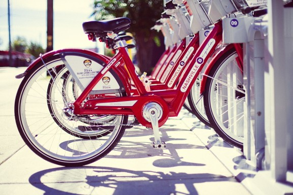 red bikes for rent in downtown Nashville