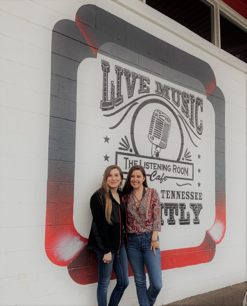 Fun Free Activities for a Nashville Weekend Trip in Tennessee 1 the listening room on a weekend getaway to Nashville 1
