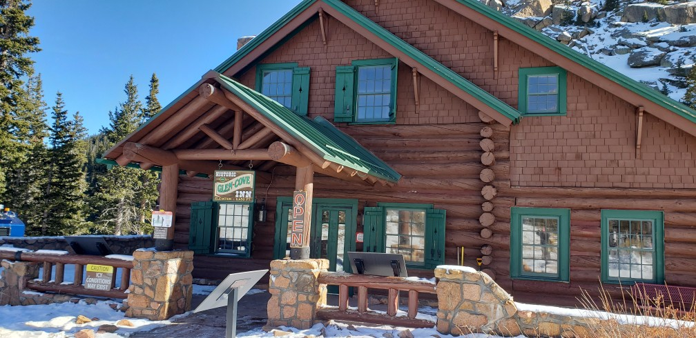 visitors center building- Glen Cove Inn - stop during drive up Pikes Peak