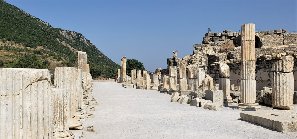 Ruins and pillars at Emphesus in Turkey on a small group tour